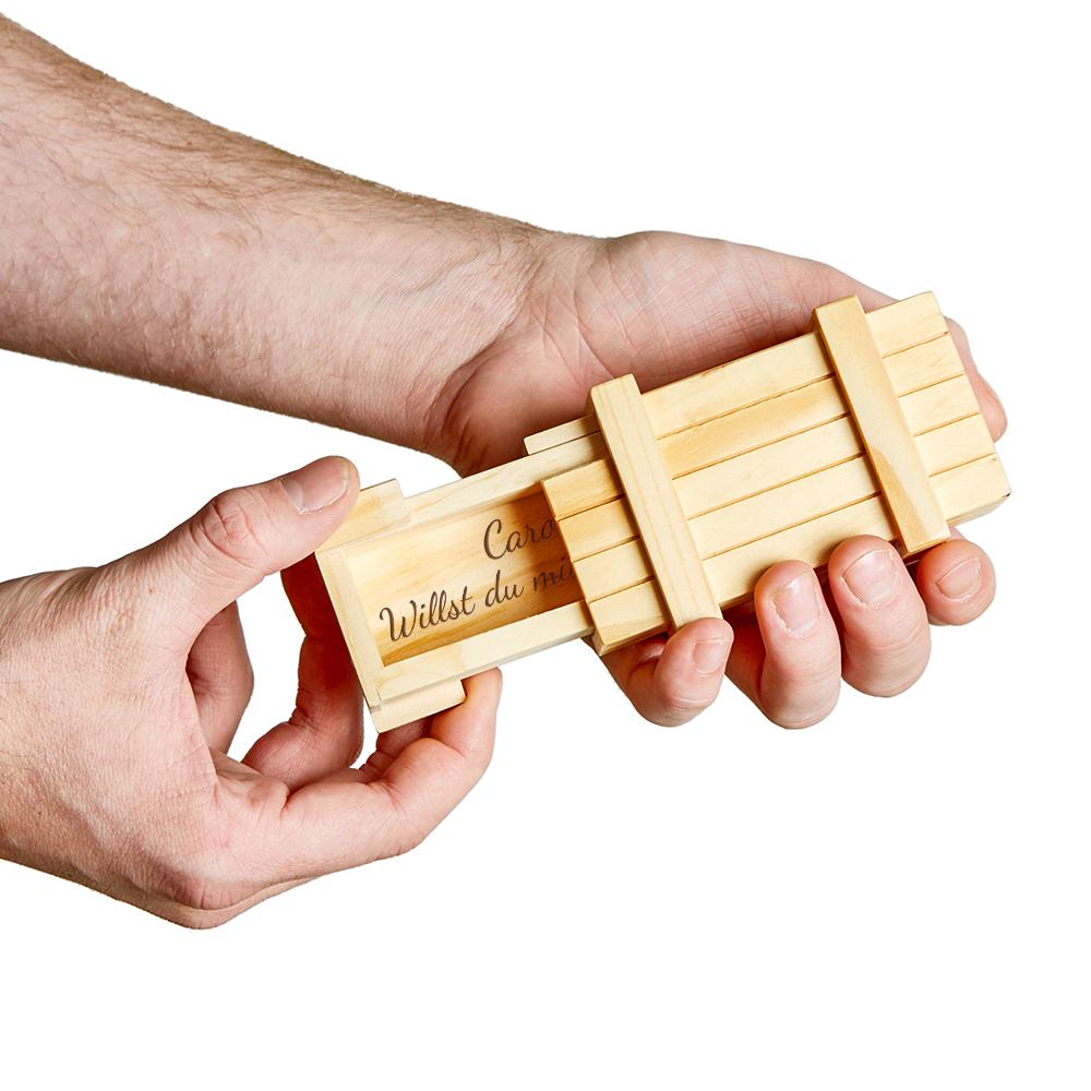 Magische Geschenkbox mit Gravur - Heiratsantrag - helles Holz