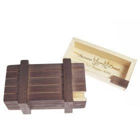 Magische Geschenkbox mit Gravur zur Hochzeit - Dunkles Holz